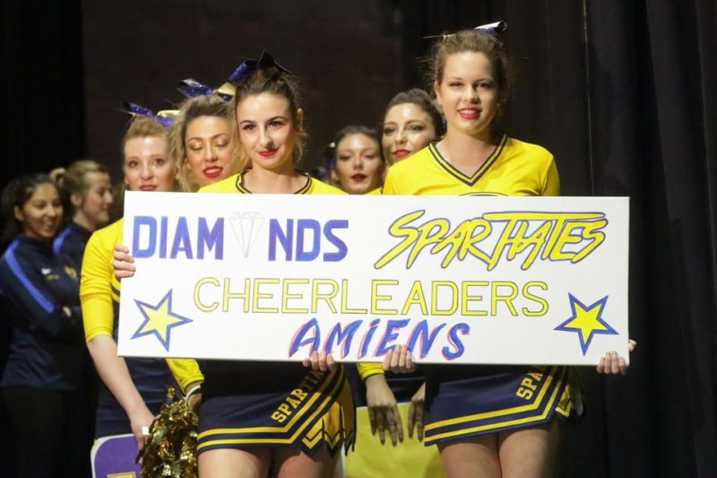 Équipe des Diamonds Spartiates cheerleaders d'Amiens
